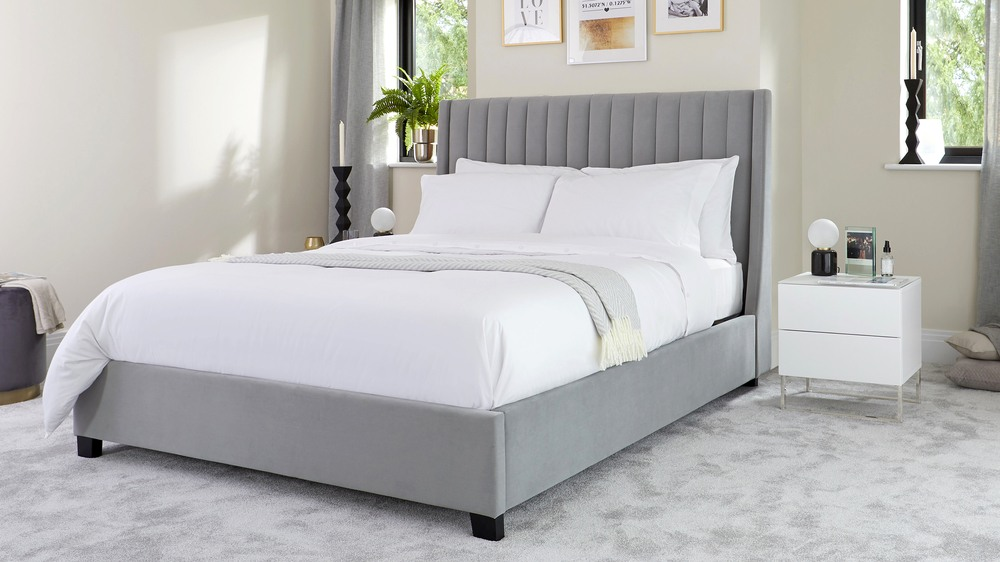 premium selection a973f 12f21 Amalfi Feather Grey Velvet Super King Size Bed with Storage