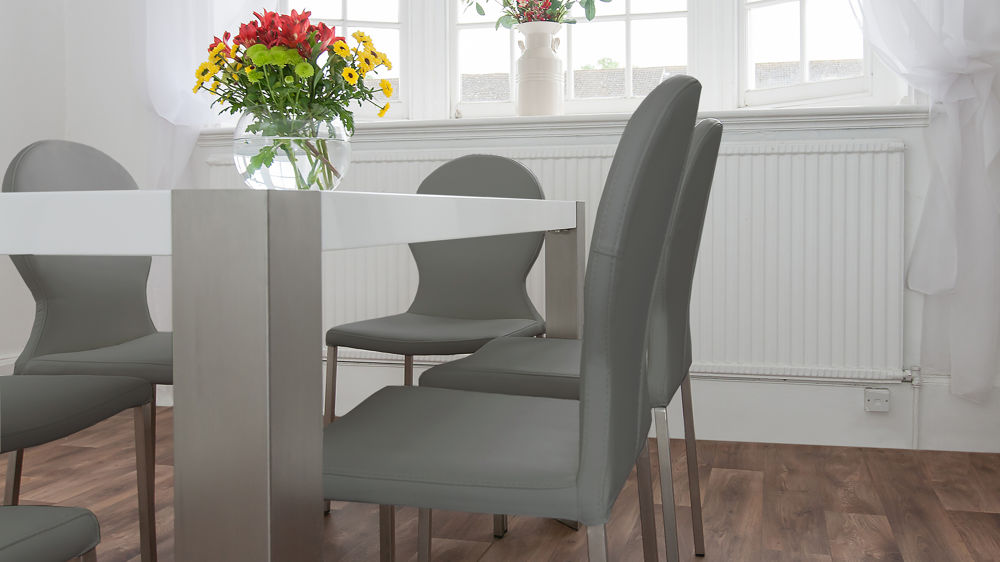 Modern Dining Table With Leather Chairs