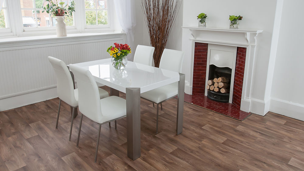 4-6 Seater Glossy Dining Table and Leather Dining Chairs