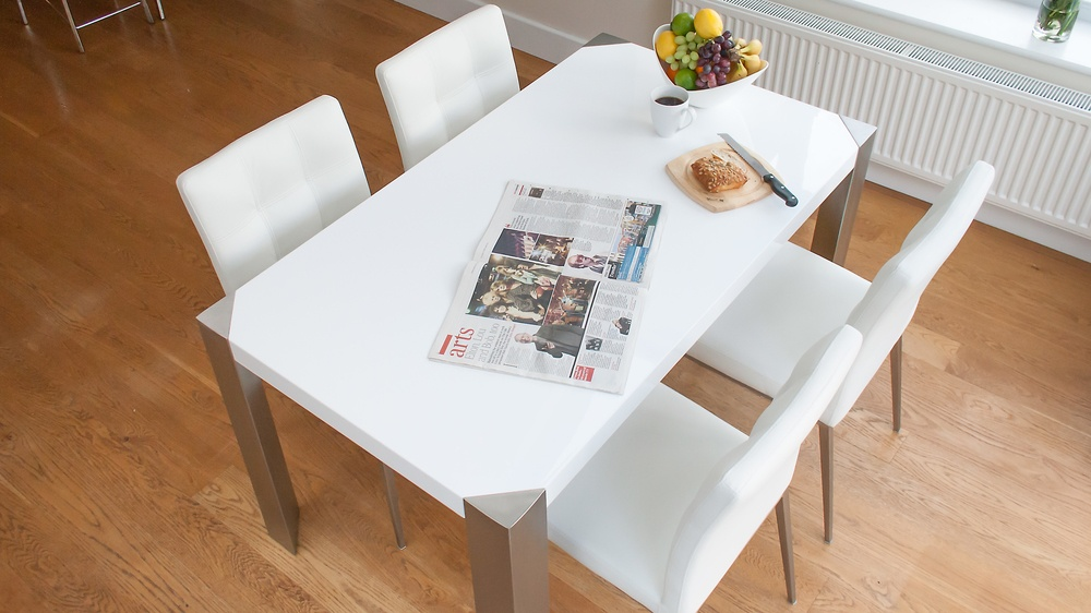 Modern White Dining Table with White Dining Chairs