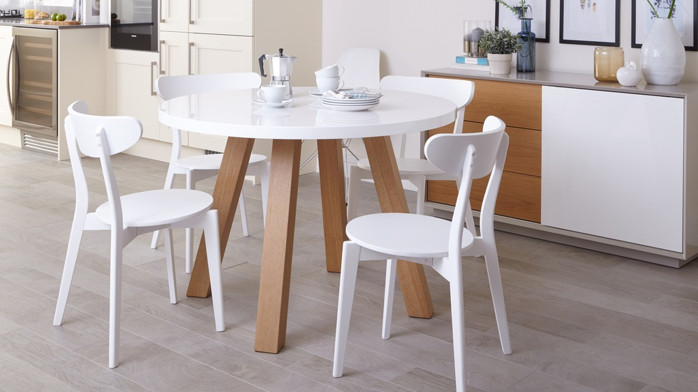 Four seater round dining table with white gloss top and wood veneer legs Exclusively Danetti Julia Kendell Range