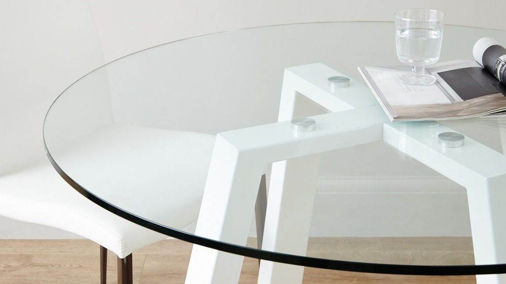 Classic 4 Seater Glass and White Gloss Table
