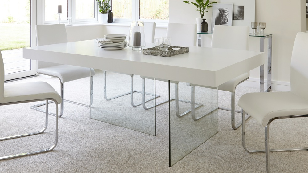 Modern White Oak Dining Table Glass Legs Seats 6 8 : aria white oak and glass dining table 2 from www.danetti.com size 1000 x 562 jpeg 164kB