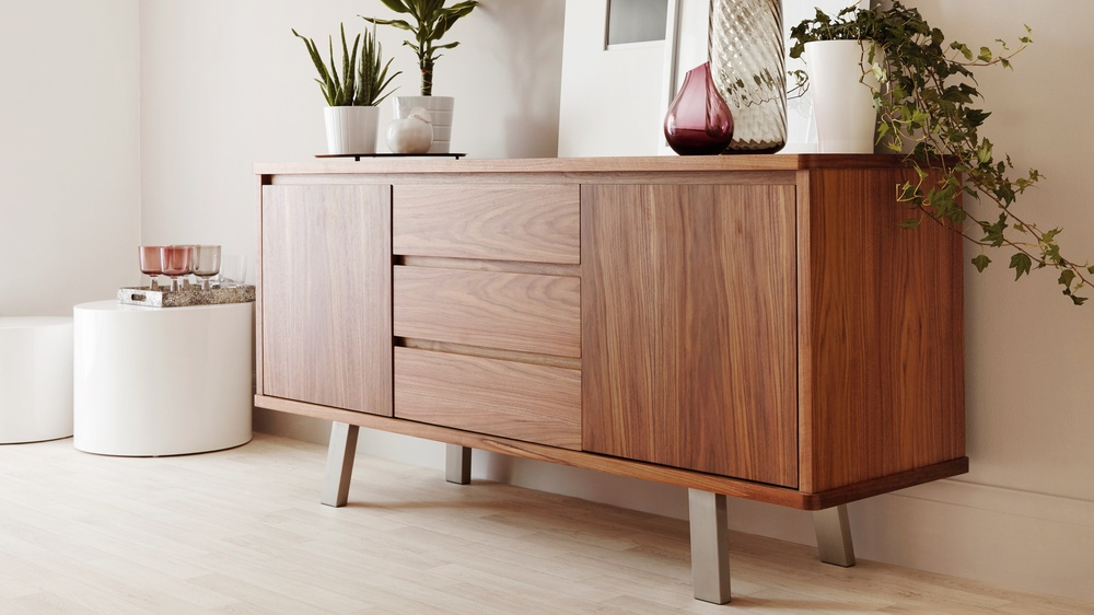 modern walnut sideboard walnut veneer uk deliverery. Black Bedroom Furniture Sets. Home Design Ideas
