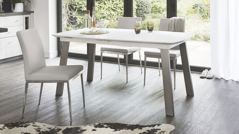 Buy extending dining table