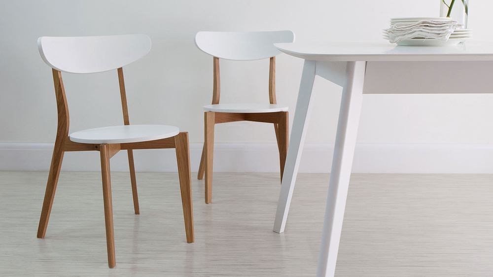 Modern White and Oak Extending Dining Set | Dining Chairs