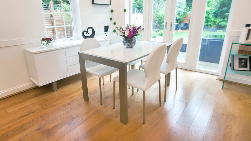 Modern White Gloss Extending Dining Table and White Chairs