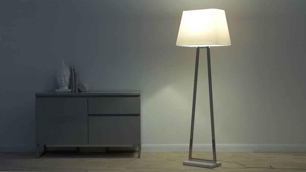 Triangular floor lamp