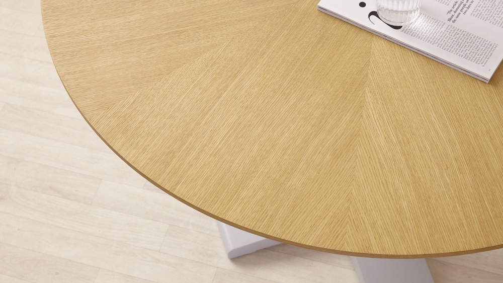 Wood Grain Round Kitchen Table