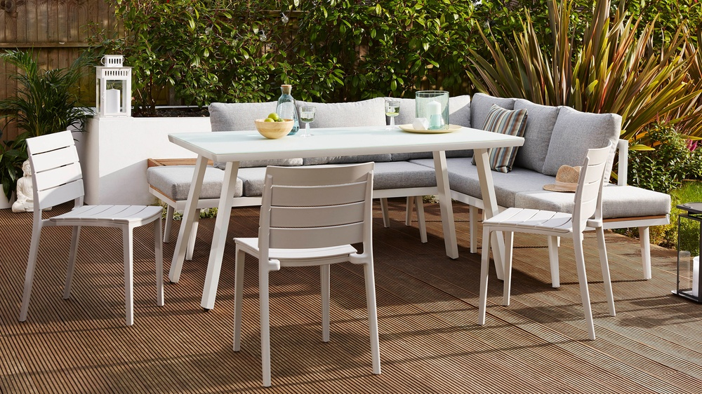 Large dining set with cover