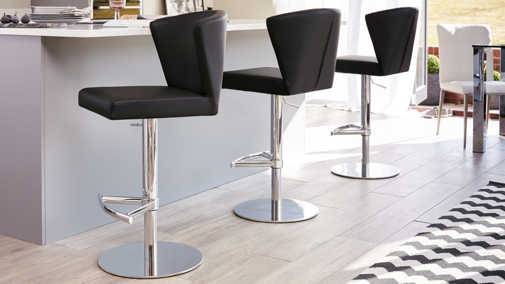 Black Gas lIft Bar Stools with Back Rest