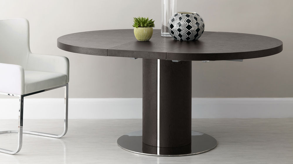 Exceptionnel Round Wenge Wood Veneer Extending Dining Table