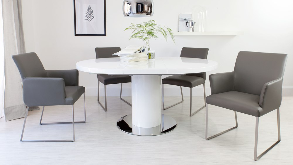 Stylish Round White Gloss Extending Dining Table