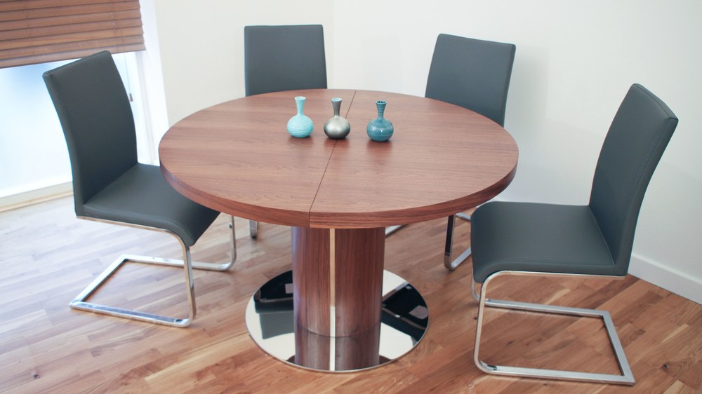 Modern Round Walnut Wooden Extending Dining Table And