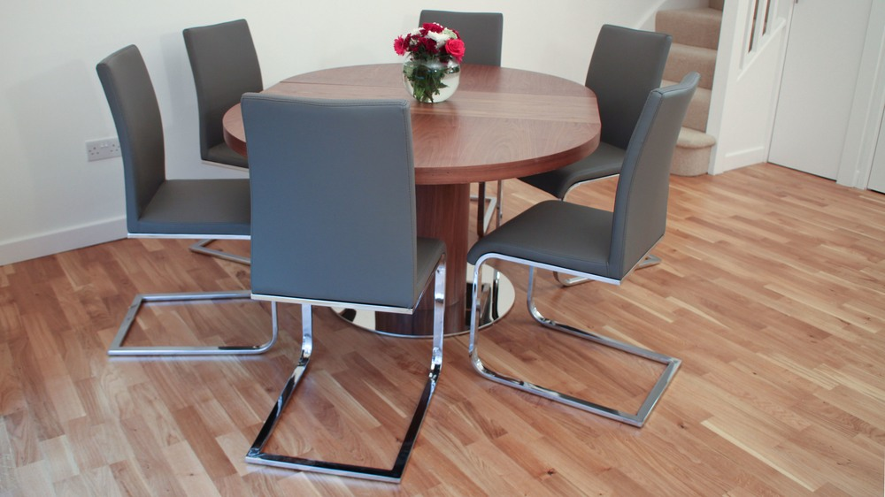 Modern Extending Dining Table and Grey Swing Dining Chairs