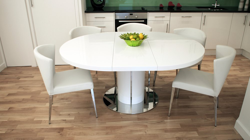 Modern round white gloss extending dining table and chairs for Esstisch ausziehbar 4 meter