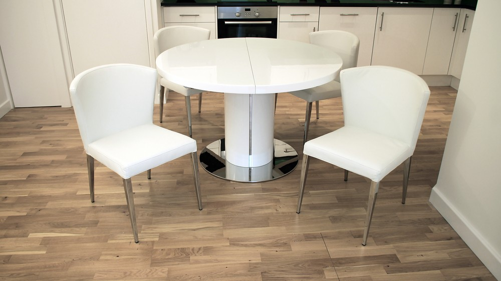Curva White Gloss Oval Extendable Dining Table Set Danetti