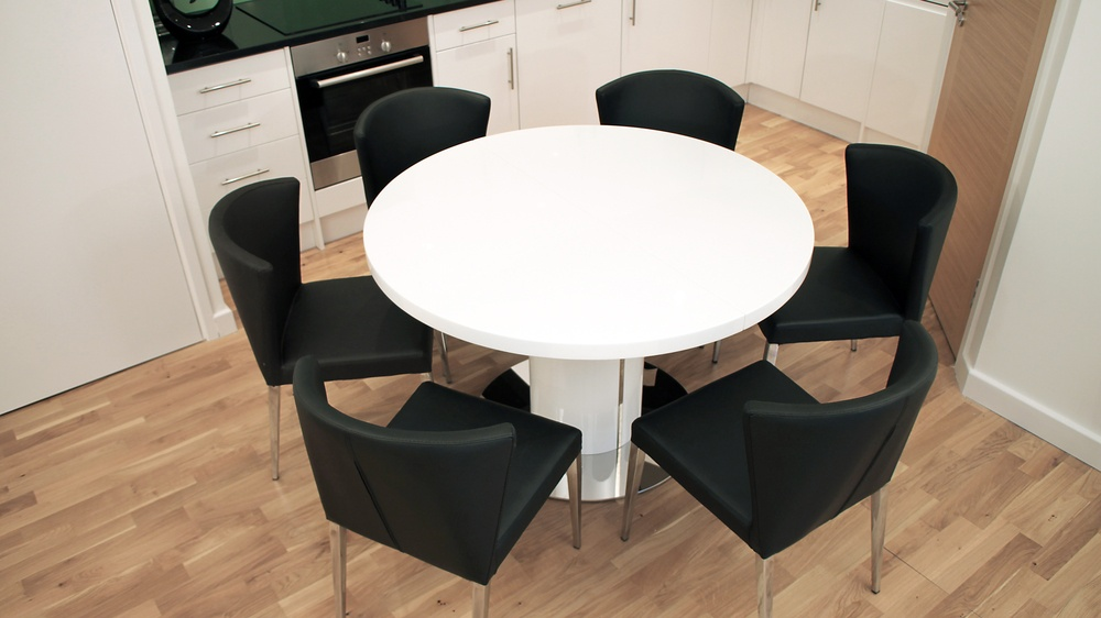 Modern Black and White Round Extending Dining Set