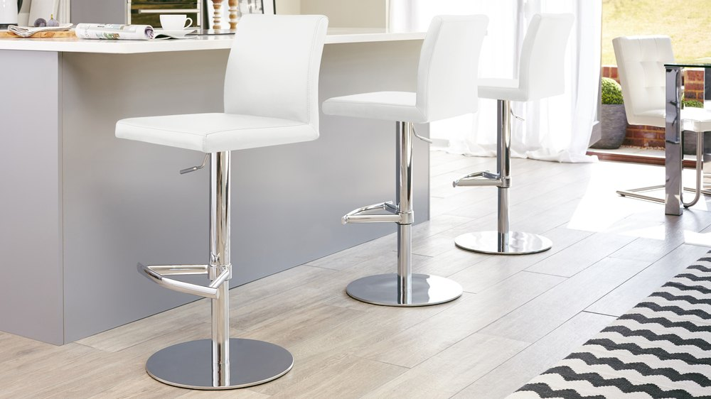 Chrome Pedestal Gas Lift Bar Stools
