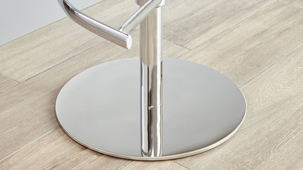 Chrome Based Gas Lift Bar Stool with Foot Rest