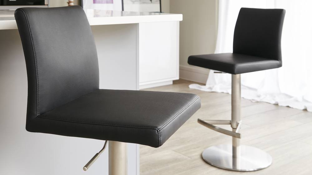 Black Bar Stool with Supporting Back Rest