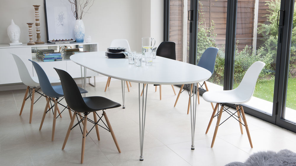 White Oval Extending Eames Dining Set