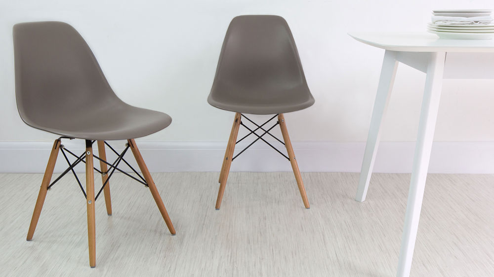 Plastic Dining Chairs with Wooden Legs