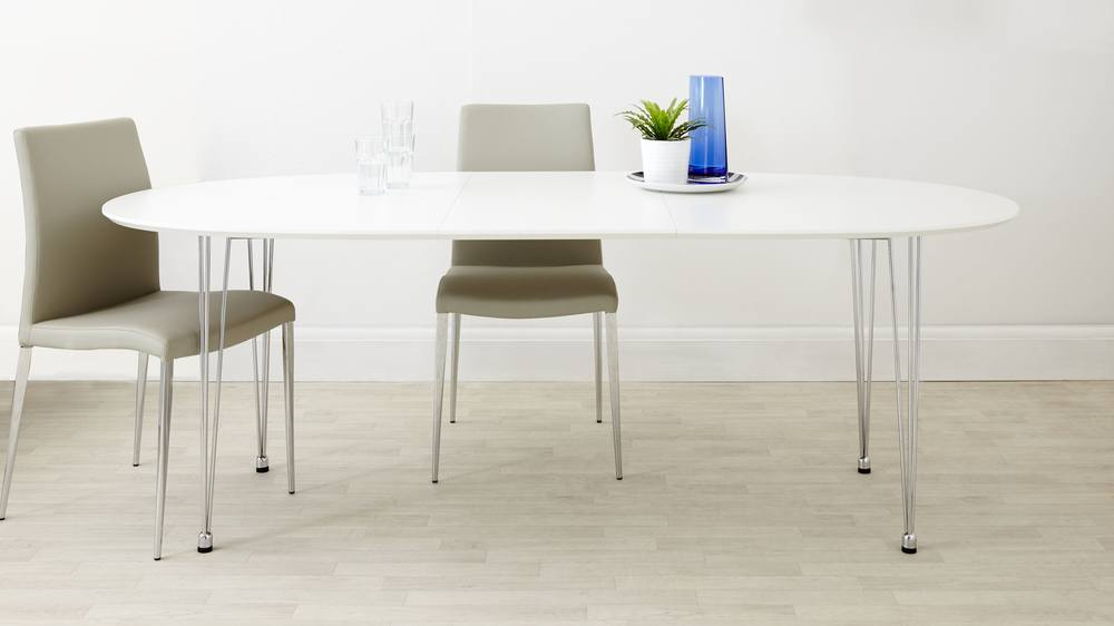 Extending 4-10 Seater Table