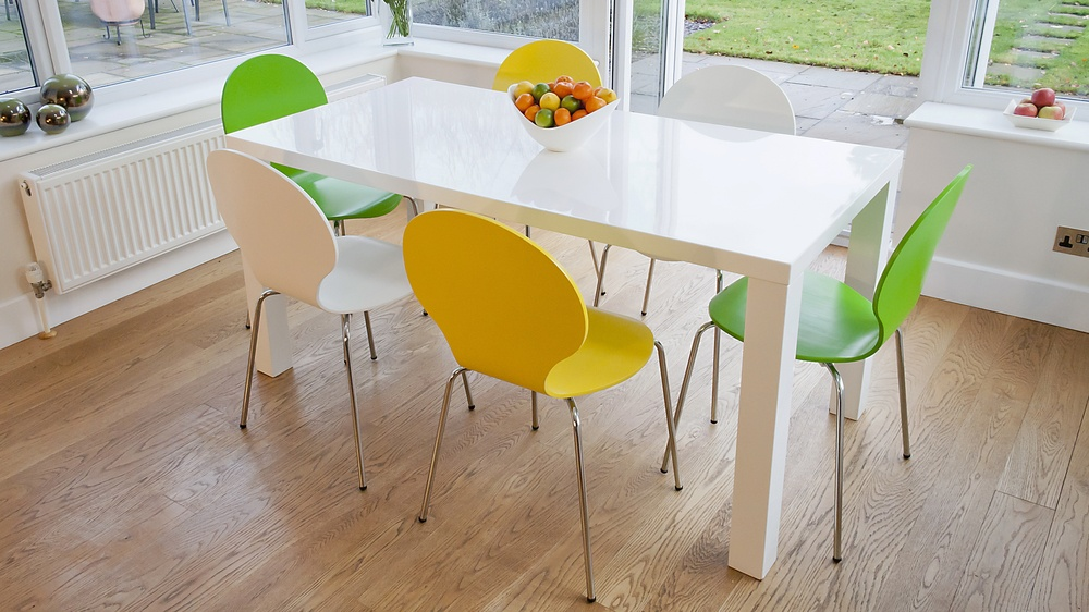 Modern 4 or 6 Seater Dining Set