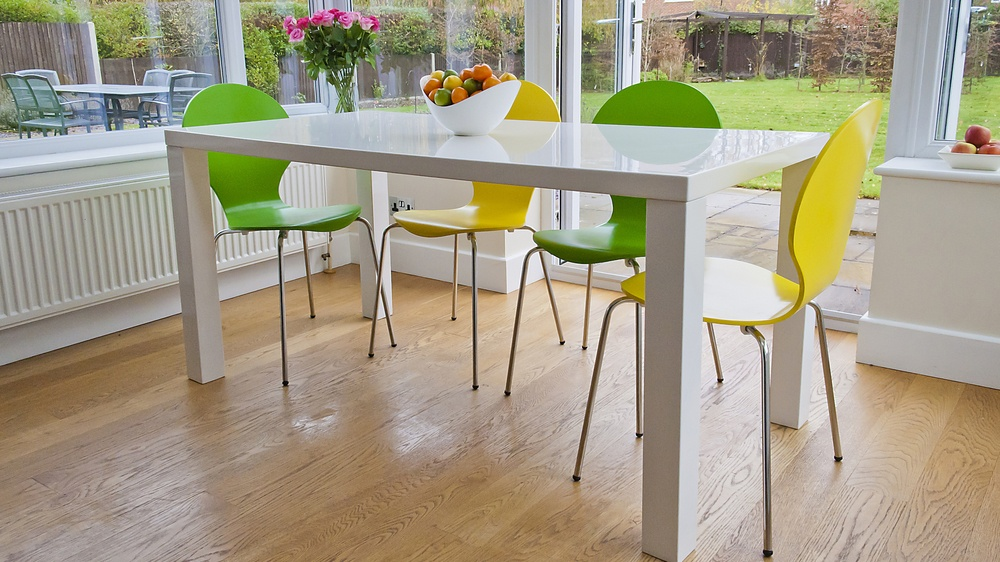 4-6 Seater White Gloss Dining Table and Coloured Dining Chairs