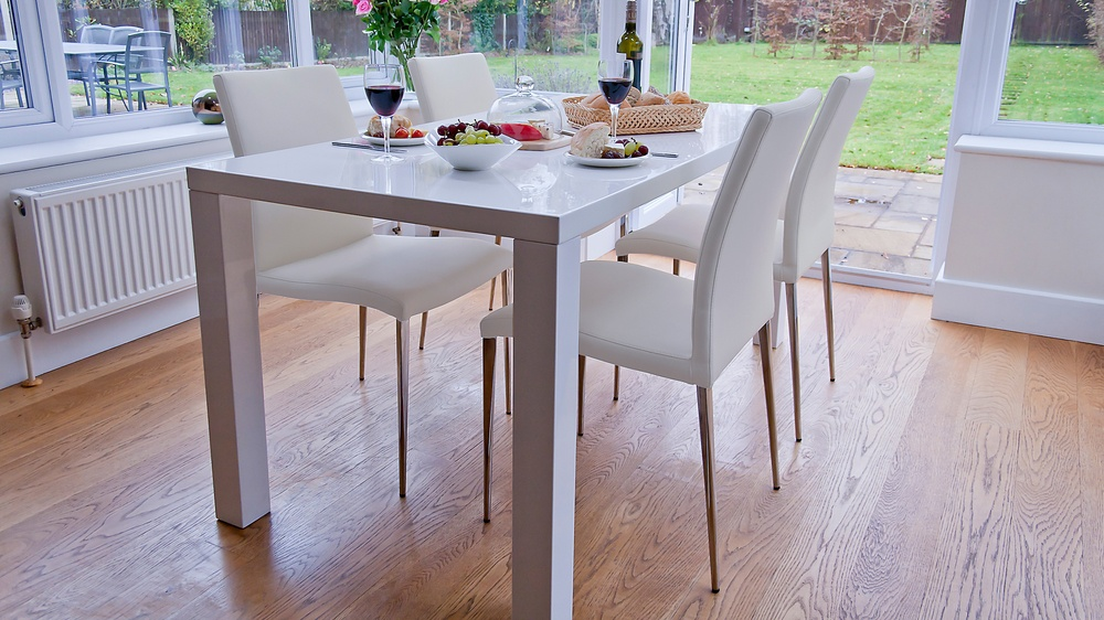 Large White Gloss Dining Table and Modern Dining Chairsa