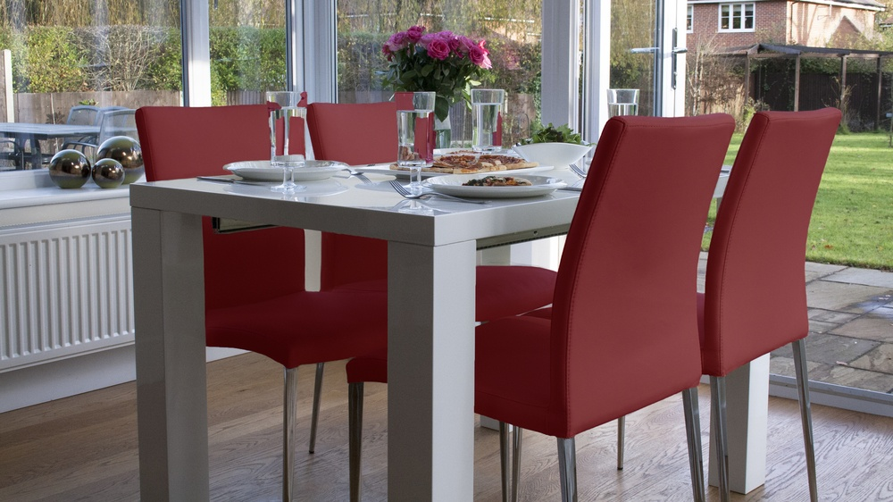 Modern White Gloss Extending Table and Red Leather Dining Chairs