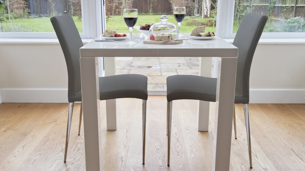 Modern White Gloss Small Dining Table and Grey Dining Chairs