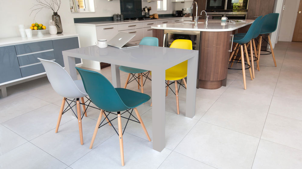 Stylish Eames Dining Set