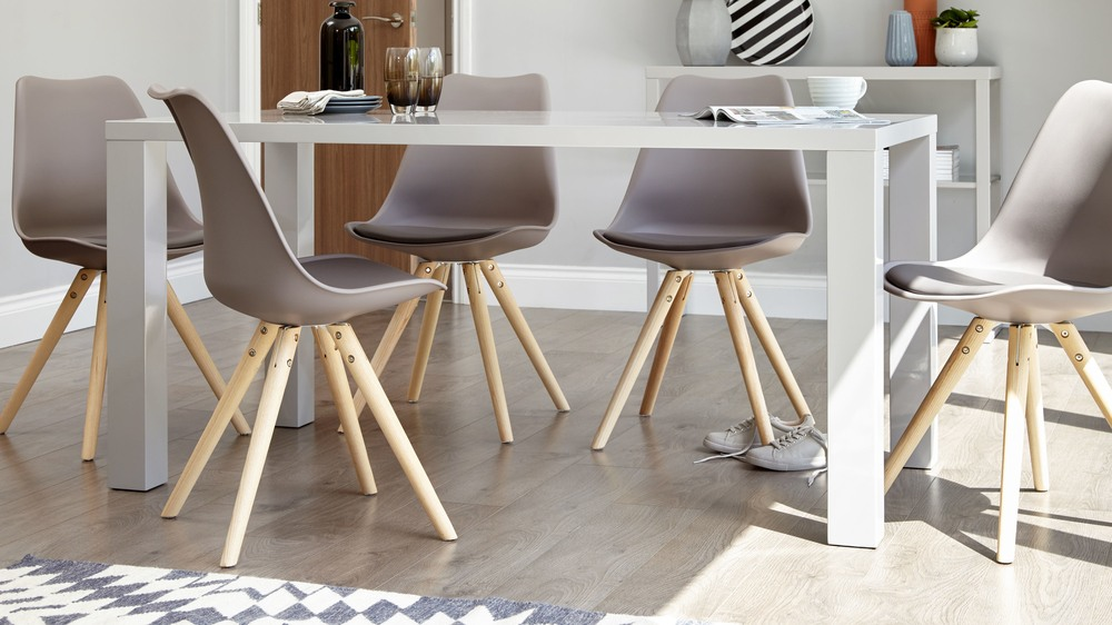 Modern grey gloss dining table 6 seater dining table uk for 6 seater dining room table and chairs