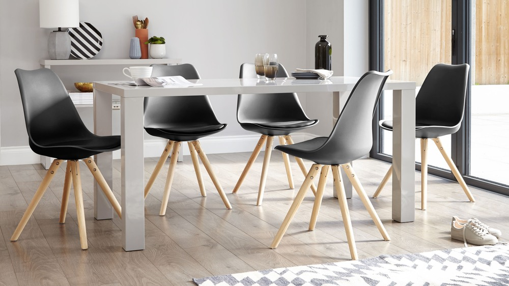 Cushioned Black Dining Chair Contemporary Coloured Table
