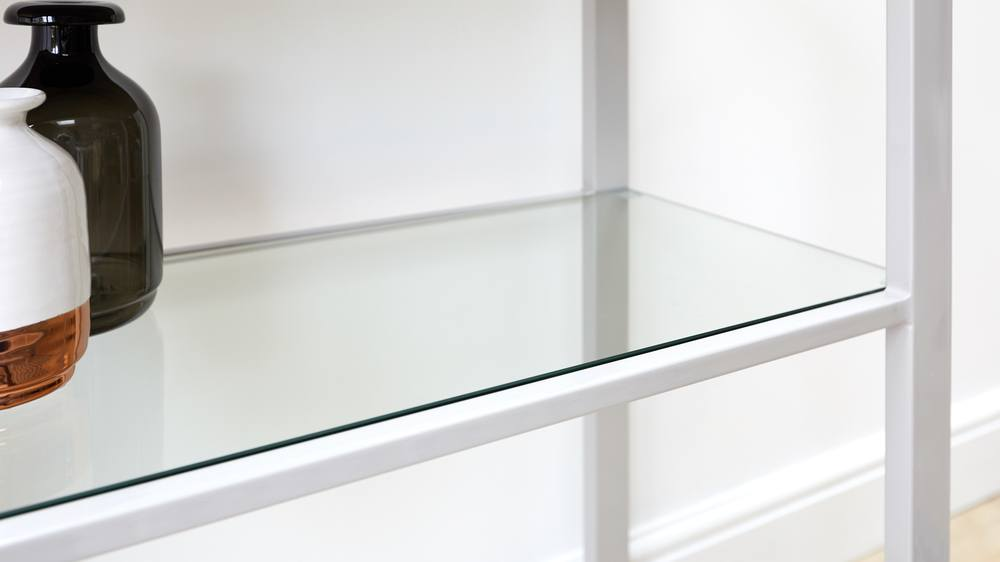 Simplistic console table