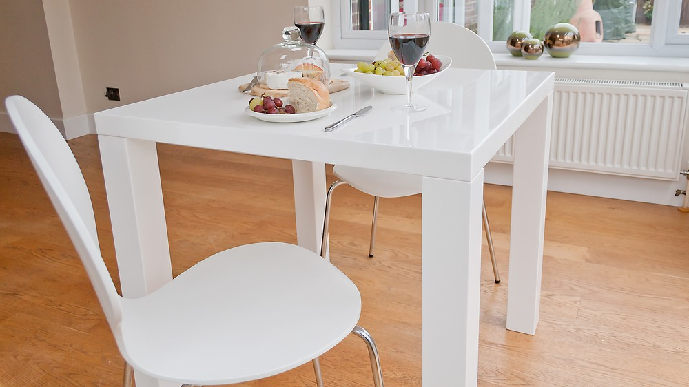 White Modern Dining Table and White Dining Chairs