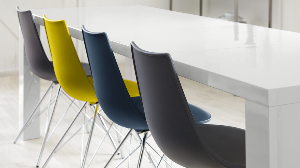 Bright colour combo dining set