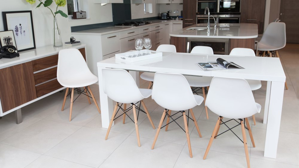 white gloss modern extending dining table 4 to 8 seater