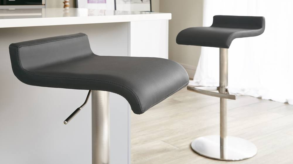 Bar Stools with Modern Black Seat