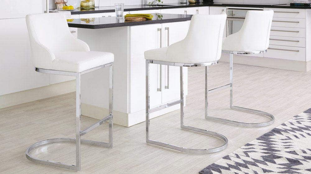 white leather barstools with chrome frame