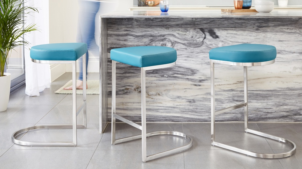 Comfortable modern bar stools family living
