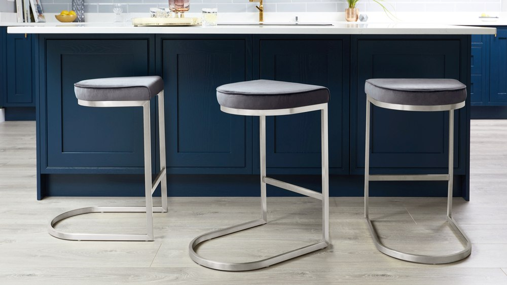 Light grey and velvet backless bar stools