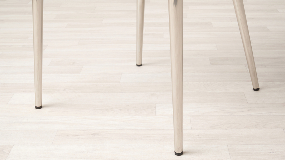 dining chairs with chrome legs