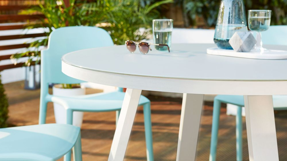 White Garden Dining Table