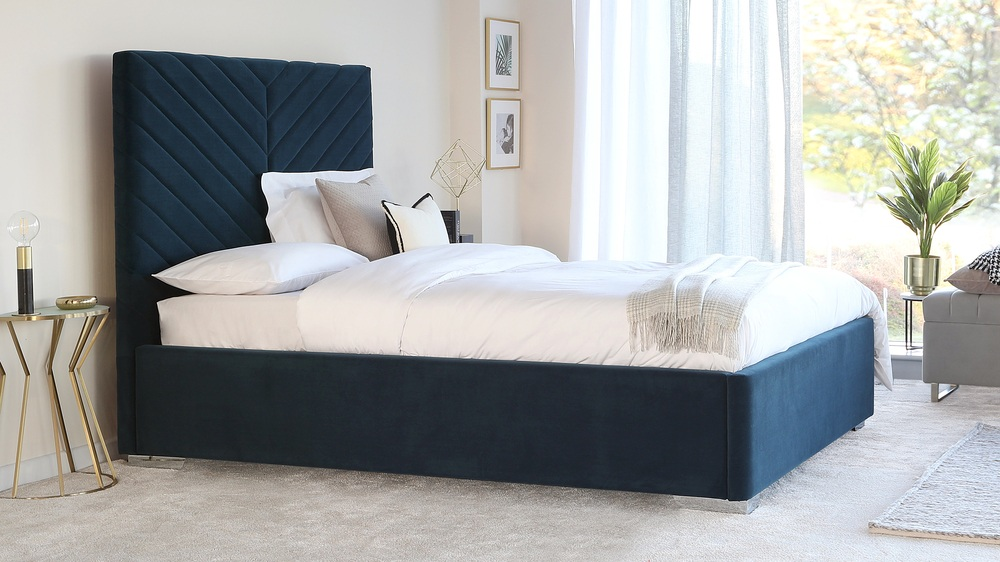 Leo Navy King Size Velvet Bed with Storage