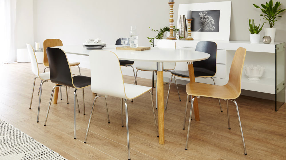 8 seater extending white and oak dining set