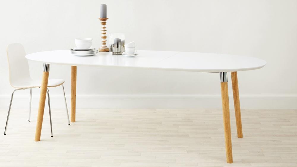 Matt white extending dining table oak chrome legs uk - White extending dining tables ...