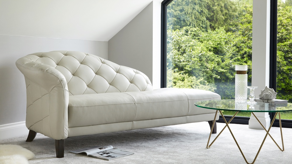 modern leather chaise lounge UK